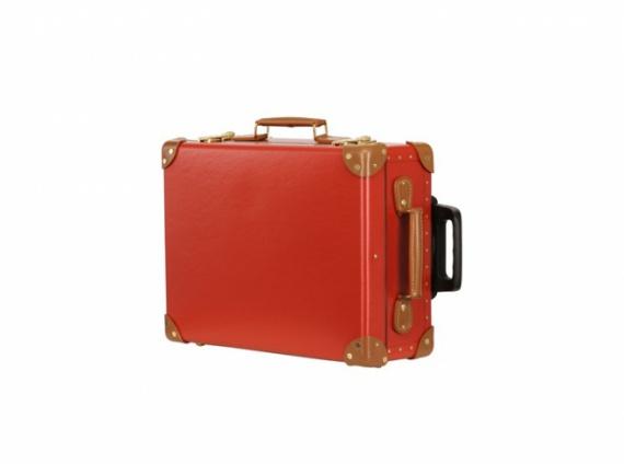 Кожаный чемодан на колесиках GLOBE TROTTER