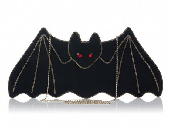 клатч Fancy Bat от Charlotte Olympia
