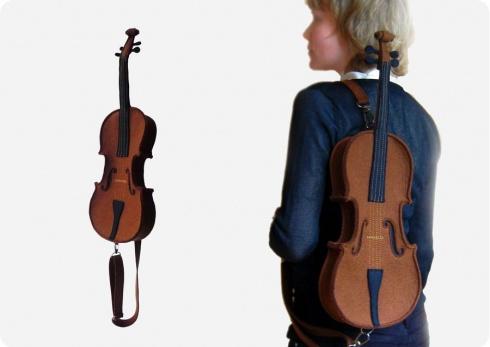 В виде скрипки
