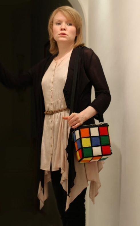 Сумка, похожая на кубик Рубика