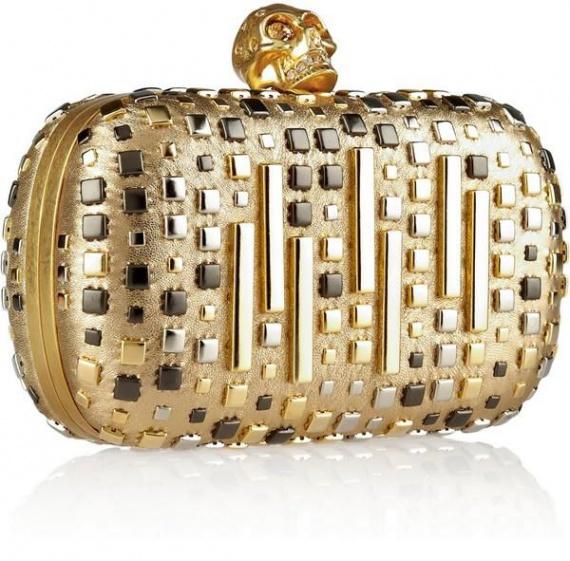 Клатч с золотым черепом от Alexander McQueen
