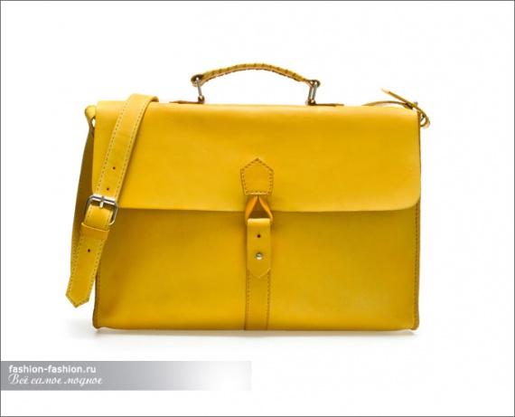 Жёлтый портфель из мягкой кожи