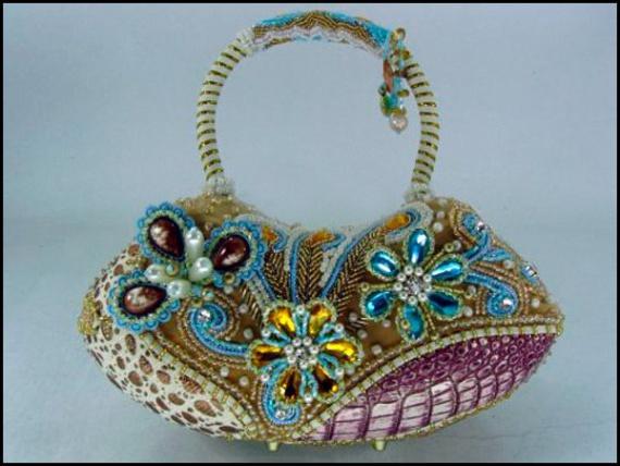 сумочки украшенные бисером