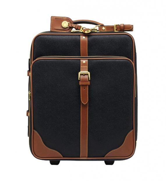 5 дизайнерских чемоданов в дорогу