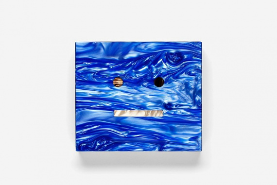 Мраморный клатч Acne