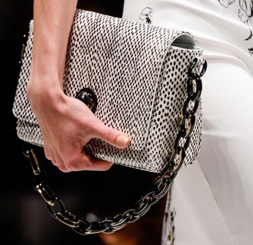 Новая коллекция сумок от итальянского бренда Blumarine